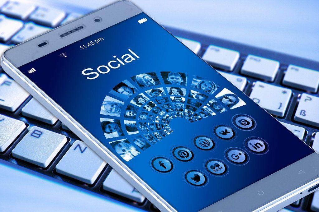 Firemný profil na Facebooku je dnes nevyhnutnosťou.